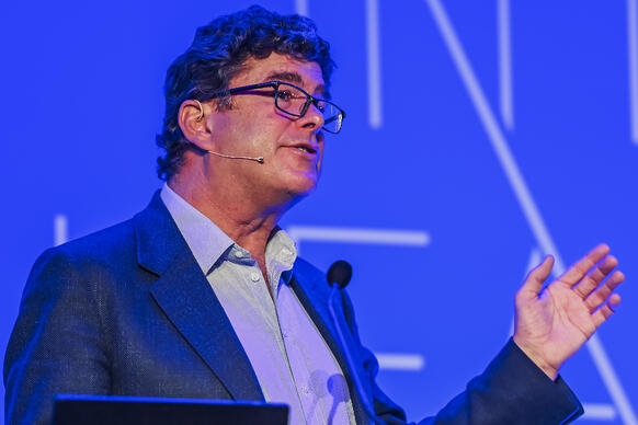 Image of Frank Hester speaking at Intelligent Health UK 2020